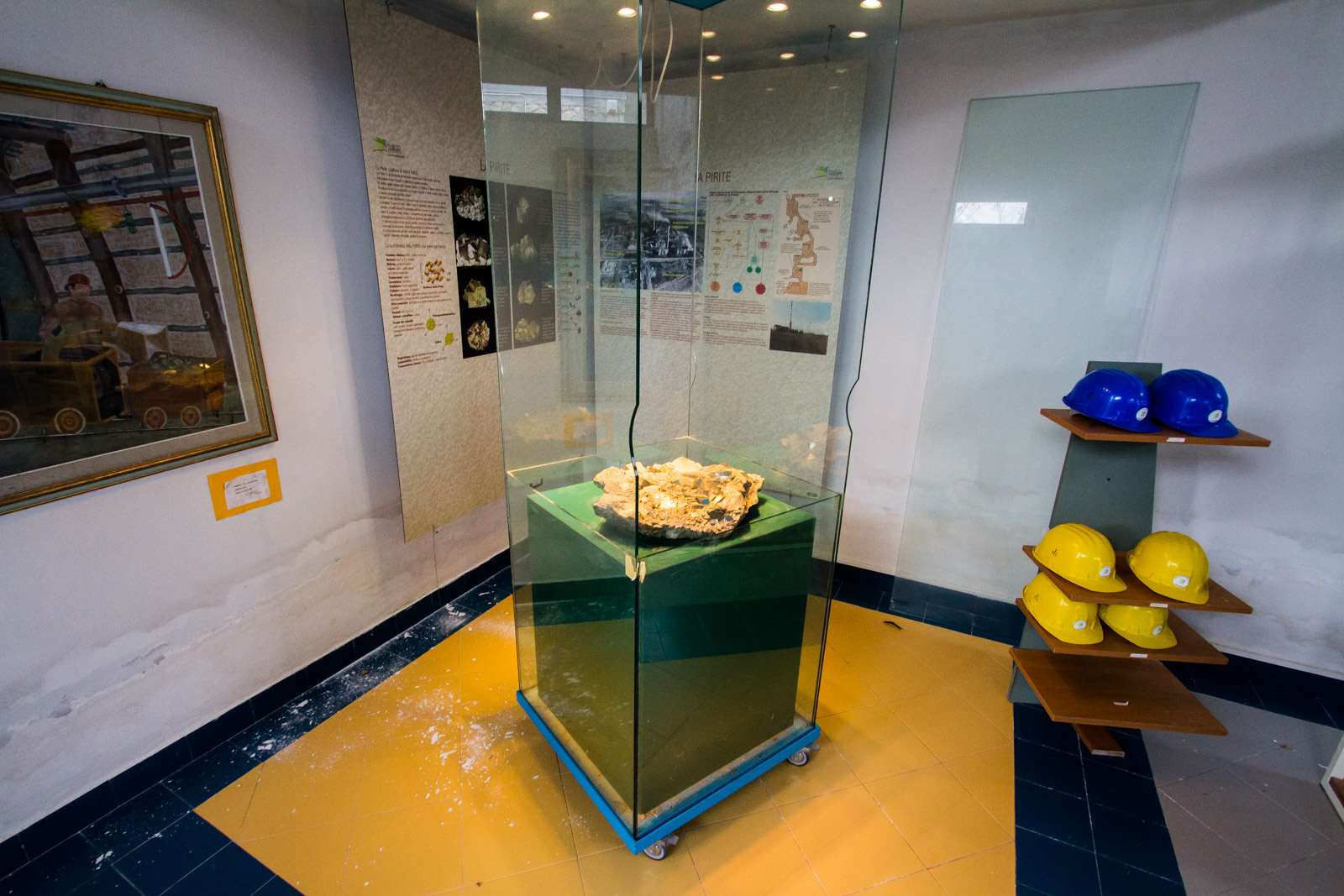 A large piece of Pyryte is on display.